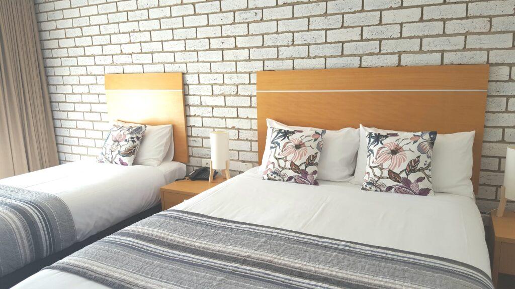 The Heritage Bendigo Motel Deluxe Queen and Single Room